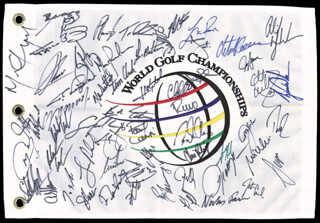 Autographs: TIGER WOODS - FLAG SIGNED CO-SIGNED BY: NICK PRICE, DAVIS LOVE III, PHIL MICKELSON, TOM LEHMAN, JUSTIN LEONARD, JIM FURYK, DAVID DUVAL, SERGIO GARCIA, MIKE WEIR, K. J. CHOI