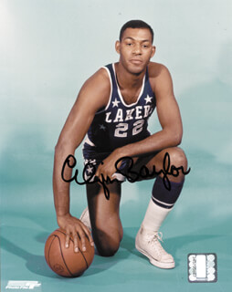 Autographs: ELGIN BAYLOR - PHOTOGRAPH SIGNED