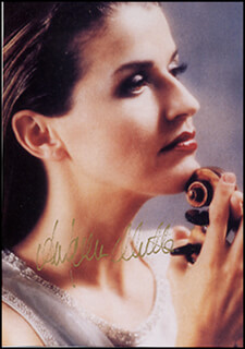 ANNE SOPHIE MUTTER - AUTOGRAPHED SIGNED PHOTOGRAPH