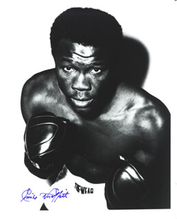EMILE GRIFFITH - AUTOGRAPHED SIGNED PHOTOGRAPH