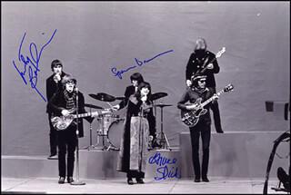JEFFERSON AIRPLANE - AUTOGRAPHED SIGNED PHOTOGRAPH CO-SIGNED BY: JEFFERSON AIRPLANE (MARTY BALIN), JEFFERSON AIRPLANE (GRACE SLICK), JEFFERSON AIRPLANE (SPENCER DRYDEN)