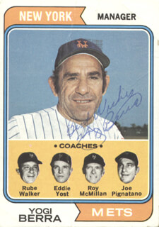 Autographs: YOGI BERRA - TRADING/SPORTS CARD SIGNED