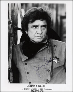 JOHNNY CASH - AUTOGRAPHED SIGNED PHOTOGRAPH  - HFSID 265852