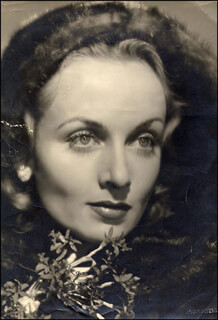 CAROLE LOMBARD - AUTOGRAPHED SIGNED PHOTOGRAPH