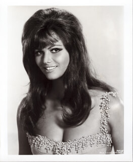 CLAUDIA CARDINALE - PHOTOGRAPH UNSIGNED