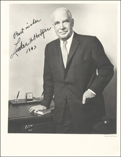 Autographs: LUTHER H. HODGES - PHOTOGRAPH SIGNED 1963