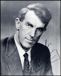 SIR EDMUND P. HILLARY - AUTOGRAPHED SIGNED PHOTOGRAPH