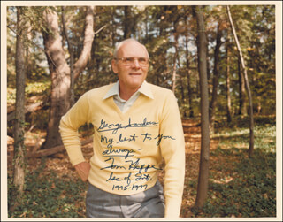 Autographs: THOMAS S. KLEPPE - PHOTOGRAPH SIGNED