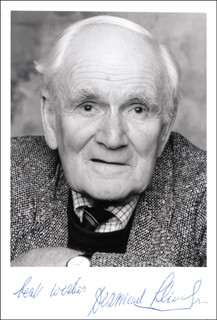 DESMOND LLEWELYN - AUTOGRAPHED SIGNED PHOTOGRAPH