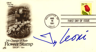 TEA LEONI - FIRST DAY COVER SIGNED