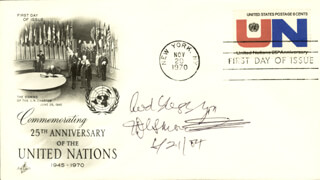 Autographs: BISHOP DESMOND TUTU - FIRST DAY COVER WITH AUTOGRAPH SENTIMENT SIGNED 06/21/2004