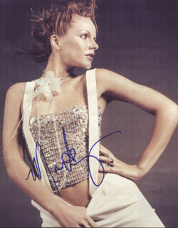 MONET MAZUR - AUTOGRAPHED SIGNED PHOTOGRAPH