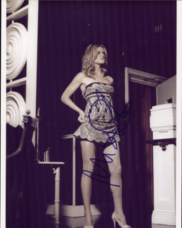 MISSI PYLE - AUTOGRAPHED SIGNED PHOTOGRAPH
