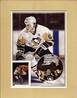MARIO LEMIEUX - TRADING/SPORTS CARD SIGNED