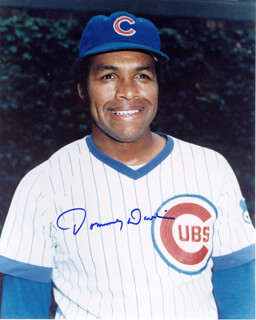 TOMMY DAVIS - AUTOGRAPHED SIGNED PHOTOGRAPH