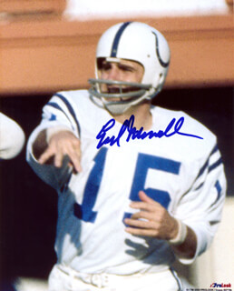 EARL MORRALL - AUTOGRAPHED SIGNED PHOTOGRAPH