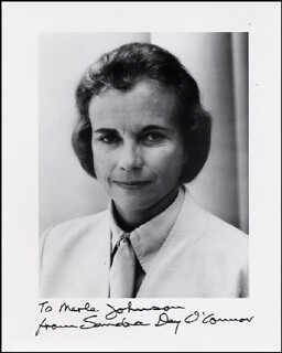 ASSOCIATE JUSTICE SANDRA DAY O'CONNOR - AUTOGRAPHED INSCRIBED PHOTOGRAPH CIRCA 1981