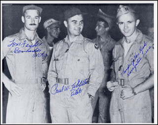 Autographs: ENOLA GAY CREW - PHOTOGRAPH SIGNED 11/05/1990 CO-SIGNED BY: ENOLA GAY CREW (THEODORE VAN KIRK), ENOLA GAY CREW (PAUL W. TIBBETS), ENOLA GAY CREW (COLONEL THOMAS W. FEREBEE)