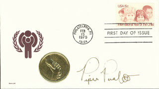 PIPER PERABO - FIRST DAY COVER SIGNED