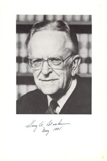 Autographs: ASSOCIATE JUSTICE HARRY A. BLACKMUN - BOOK PHOTOGRAPH SIGNED 00/05/1995