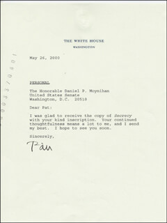 PRESIDENT WILLIAM J. BILL CLINTON - TYPED LETTER SIGNED 05/26/2000