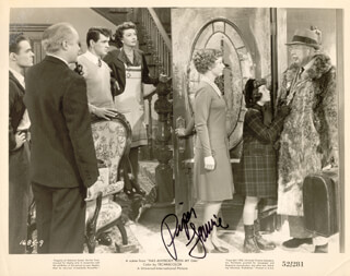 PIPER LAURIE - AUTOGRAPHED SIGNED PHOTOGRAPH