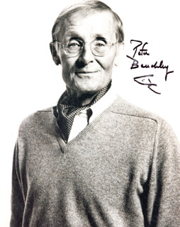 PETER BENCHLEY - AUTOGRAPHED SIGNED PHOTOGRAPH