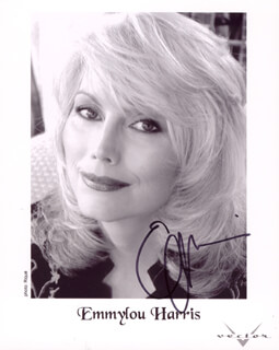 EMMY LOU HARRIS - AUTOGRAPHED SIGNED PHOTOGRAPH