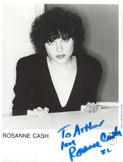 ROSANNE CASH - INSCRIBED PRINTED PHOTOGRAPH SIGNED IN INK 1982
