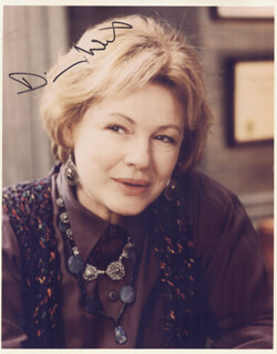 DIANE WIEST - AUTOGRAPHED SIGNED PHOTOGRAPH