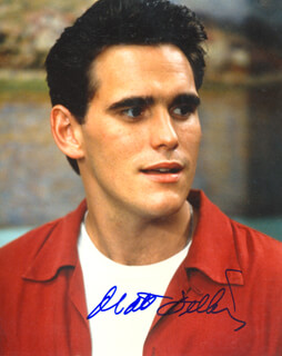 MATT DILLON - AUTOGRAPHED SIGNED PHOTOGRAPH