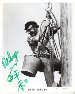 PETE SEEGER - PRINTED PHOTOGRAPH SIGNED IN INK