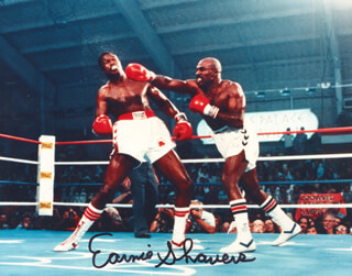 EARNIE SHAVERS - AUTOGRAPHED SIGNED PHOTOGRAPH