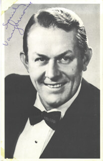 Autographs: VAUGHN MONROE - PICTURE POST CARD SIGNED