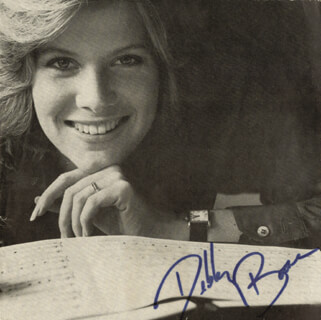 DEBBY BOONE - MAGAZINE PHOTOGRAPH SIGNED 05/06/1970
