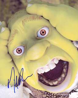 MIKE MYERS - AUTOGRAPHED SIGNED PHOTOGRAPH
