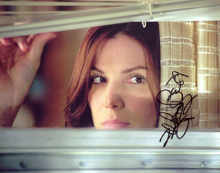 SANDRA BULLOCK - AUTOGRAPHED SIGNED PHOTOGRAPH