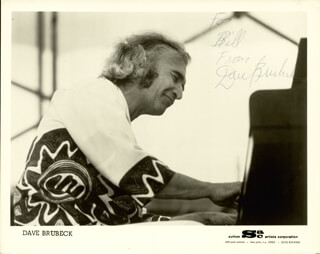 DAVE BRUBECK - AUTOGRAPHED INSCRIBED PHOTOGRAPH
