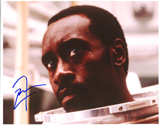 DON CHEADLE - AUTOGRAPHED SIGNED PHOTOGRAPH