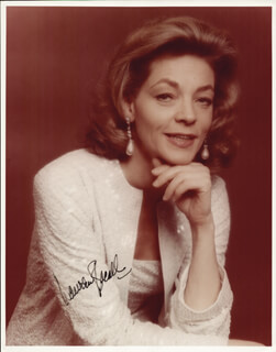 LAUREN BACALL - AUTOGRAPHED SIGNED PHOTOGRAPH