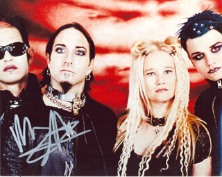Autographs: COAL CHAMBER (MIKEY COX) - PHOTOGRAPH SIGNED