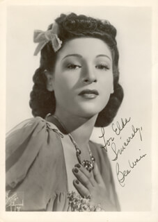 BEA WAIN - AUTOGRAPHED INSCRIBED PHOTOGRAPH