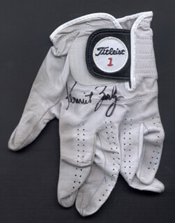 Autographs: KERMIT ZARLEY - GOLF GLOVE SIGNED