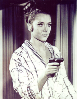 DIANA RIGG - AUTOGRAPHED SIGNED PHOTOGRAPH