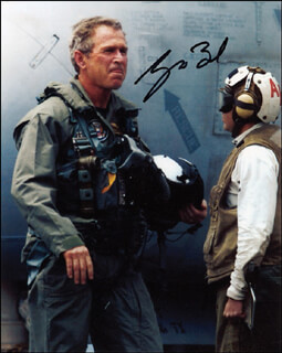PRESIDENT GEORGE W. BUSH - AUTOGRAPHED SIGNED PHOTOGRAPH