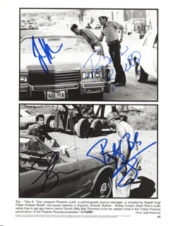 U TURN MOVIE CAST - AUTOGRAPHED SIGNED PHOTOGRAPH CO-SIGNED BY: SEAN PENN, BILLY BOB THORNTON, JOAQUIN PHOENIX, POWERS BOOTHE