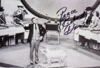 RICHARD DAWSON - AUTOGRAPHED SIGNED PHOTOGRAPH