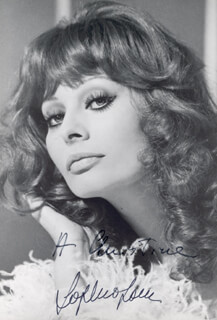 SOPHIA LOREN - AUTOGRAPHED INSCRIBED PHOTOGRAPH