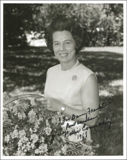 Autographs: NELLIE CONNALLY - INSCRIBED PHOTOGRAPH SIGNED 1968