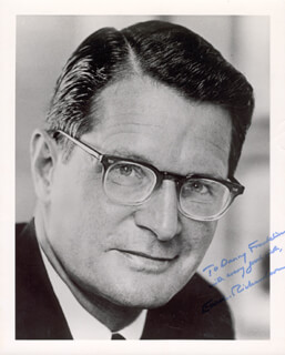 Autographs: ELLIOT L. RICHARDSON - INSCRIBED PHOTOGRAPH SIGNED